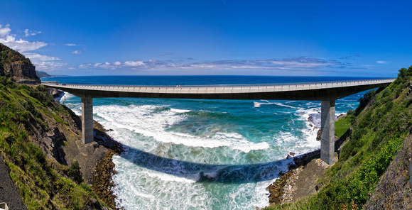 Sea Cliff bridge panorama